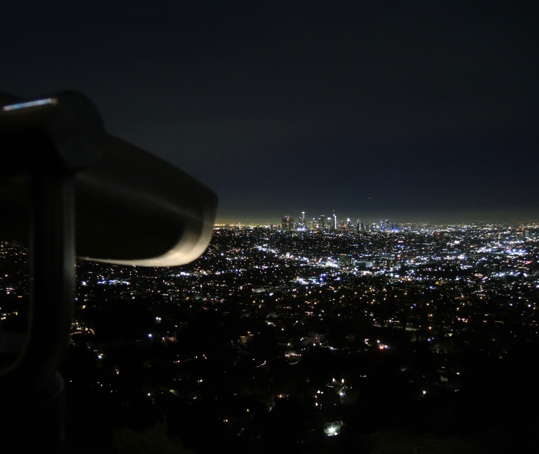 The Style Researcher Magazine, The view from the Griffith Observatory, an incredible ocean of silent lights